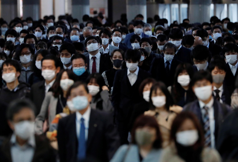 2020-11-13T035215Z_795941739_RC232K9PO2HJ_RTRMADP_3_HEALTH-CORONAVIRUS-JAPAN