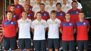 Foto oficial da seleção sub-21 da Sérvia.