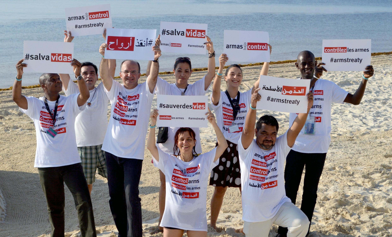 Des activistes favorables à une mise en oeuvre effective du Traité sur le commerce des armes, à Cancùn. Photo datée de 2015. (Photo d'illustration)