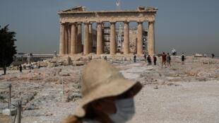 旅游业占据希腊国内生产总值约20%