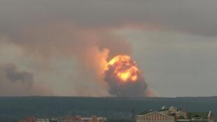 5 августа в поселке Каменка Красноярского края, где расположена военная часть, взорвался склад с боеприпасами