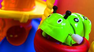 Il est encore difficile pour les parents de savoir quels sont les jouets qui ne représentent aucun risque pour leurs enfants.