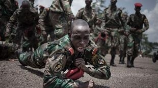 Des consultants militaires russes ont mis en place une formation pour les Forces armées centrafricaines et les forces de sécurité intérieure après avoir livré des armes au pays. À Berengo le 4 août 2018.