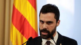 Phát ngôn viên của chủ tịch Nghị Viện Catalunya thông báo dời lễ nhậm chức chủ tịch cấp vùng. Ảnh ngày 30/01/2018.