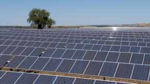 Une centrale photovoltaïque au Portugal.
