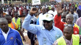 Zéphirin Diabré, le leader de l'UPC, lors d'une manifestation contre le référendum, à Ouagadougou le 23 août 2014.