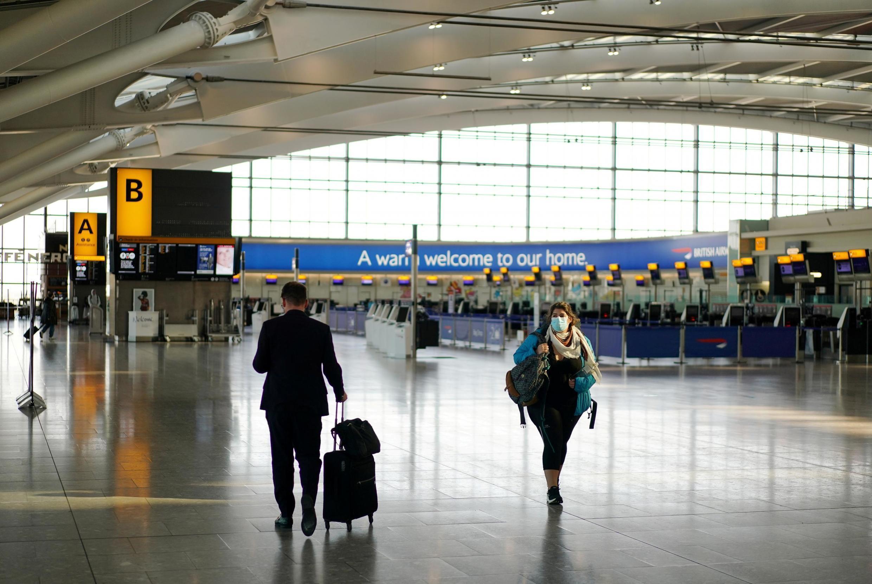 Aeroporto de Heathrow, no meio da epidemia de coronavírus.