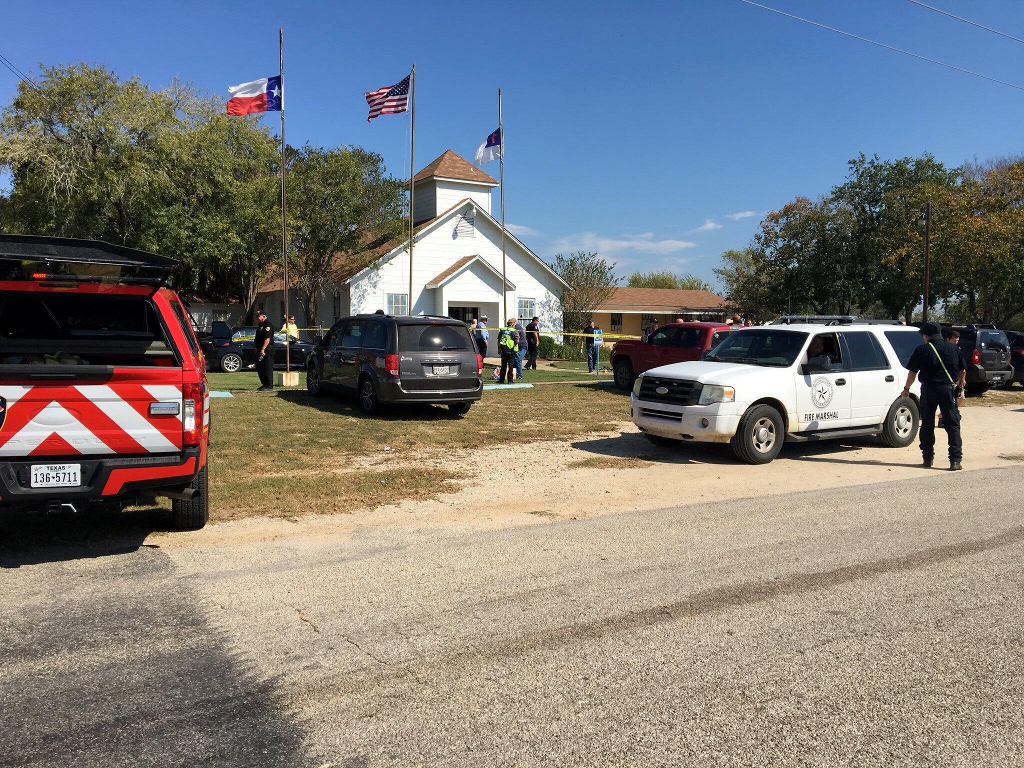 圖為美國都在聖安東尼奧一教堂遭槍擊案現場