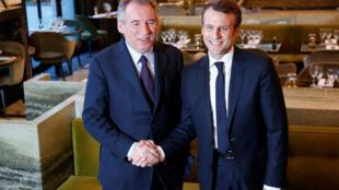 François Bayrou (g) et Emmanuel Macron, alliance gagnante pour la présidentielle française de 2017 ?