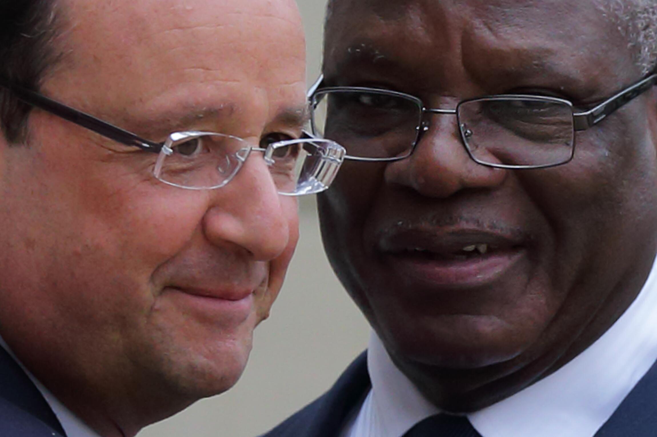 French President François Holland with Mali's Ibrahim Boubacar Keïta at the Elysée Palace