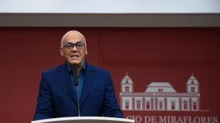 El ministro de Comunicación Jorge Rodríguez  es uno de los representantes de Nicolás Maduro en el acercamiento para un diálogo, según la prensa noruega. Imagen de archivo.