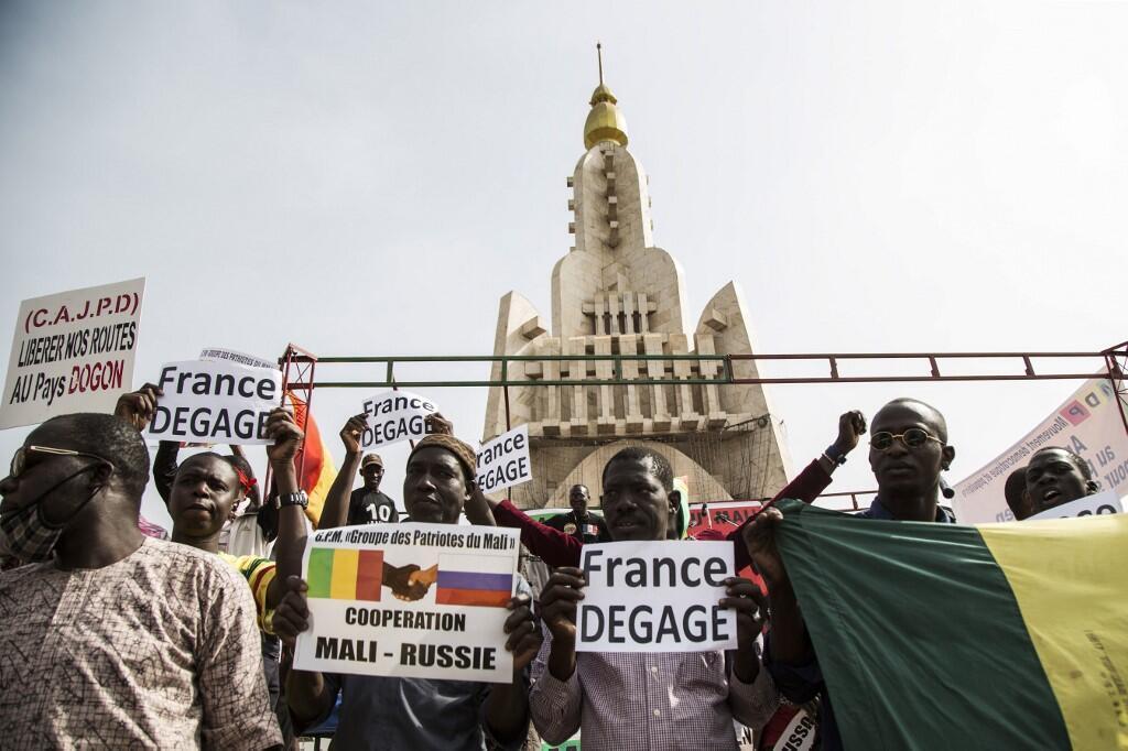 Manifestation contre la présence de troupes étrangères (dont les Français de la force Barkhane) sur le sol malien, le 10 janvier 2020, à Bamako.