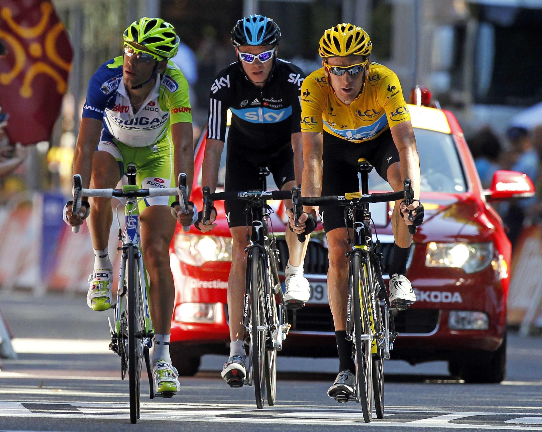 De droite à gauche, Bradley Wiggins, Christopher Froome et Vincenzo Nibali, le podium du Tour 2012.