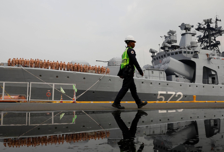 Tàu chiến Nga Admiral Vinogradov ghé cảng Manila, Philippines. Ảnh ngày 20/10/2017.