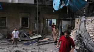 被空袭击中的阿勒颇东部反叛军占领区内的一家医院, 2016. 9 28
