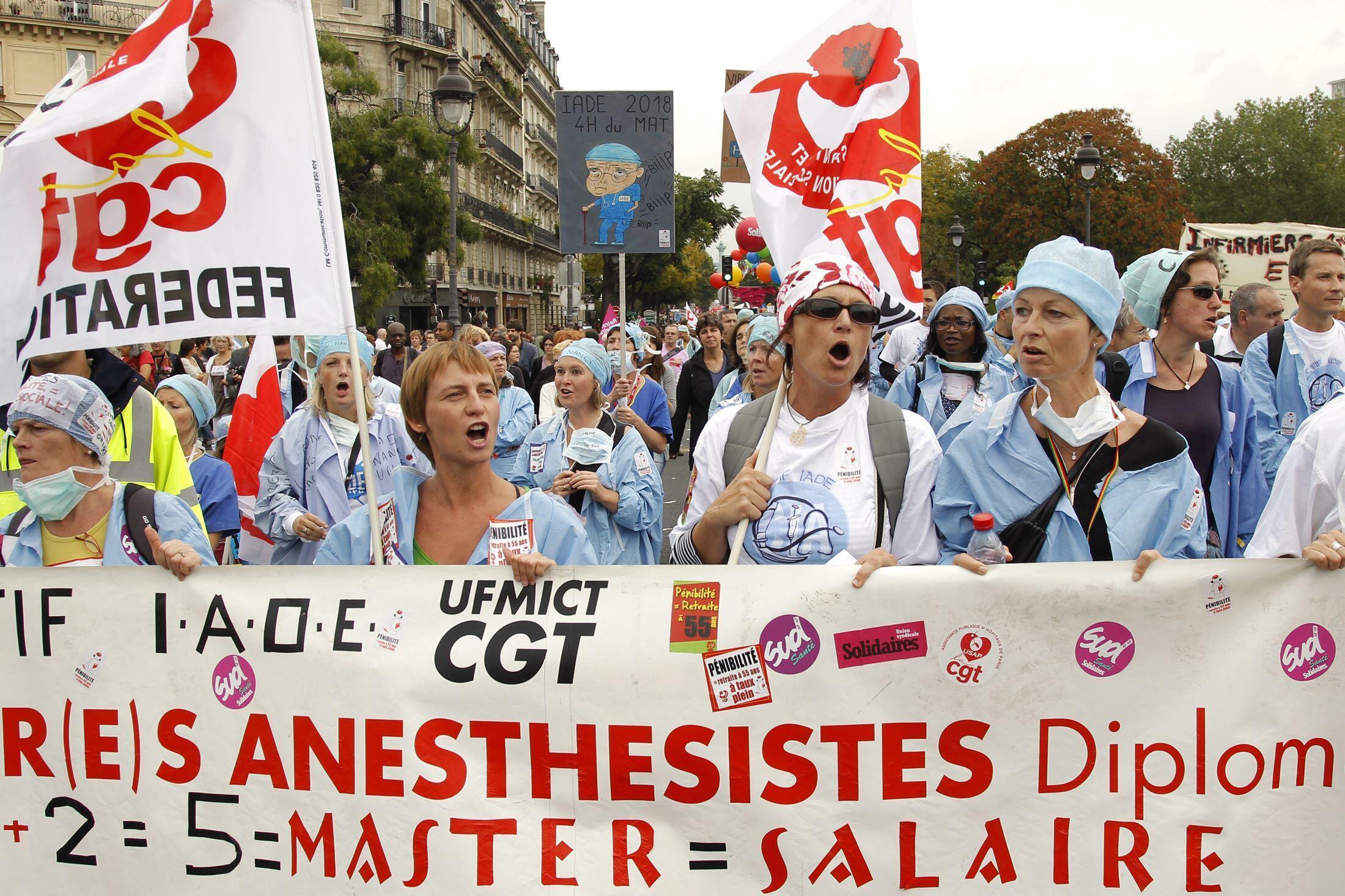 Franceses protestam contra o projeto do governo de reforma da previdência social, no dia 23 de setembro de 2010.