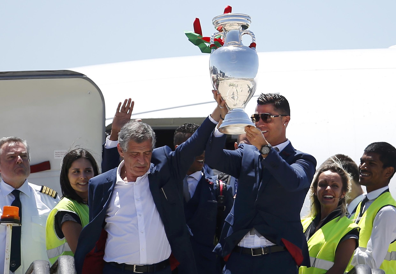 Cristiano Ronaldo e o treinador Fernando Santos