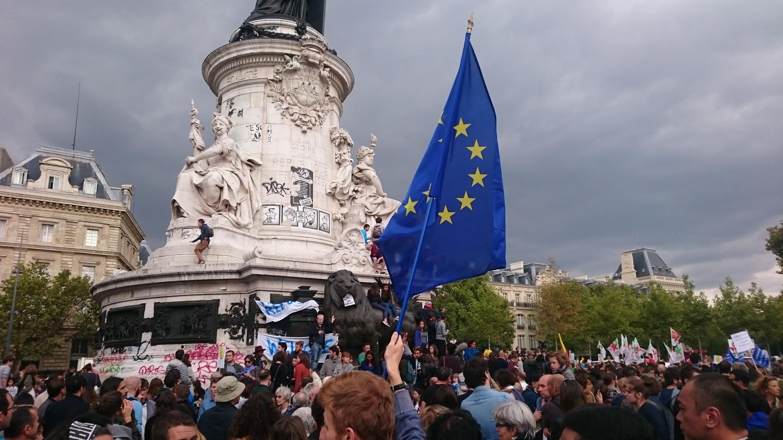 Митинг солидарности с мигрантами на площади Республики в Париже, 5 сентября 2015 года
