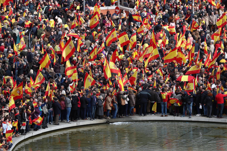 Protestos da direita e da extrema-direita espanholas contra o socialista Pedro Sánchez em Madri, em 10 de fevereiro de 2019.