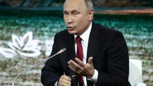 Владимир Путин назвал Сергея Скрипаля «шпионом, предателем Родины и подонком»