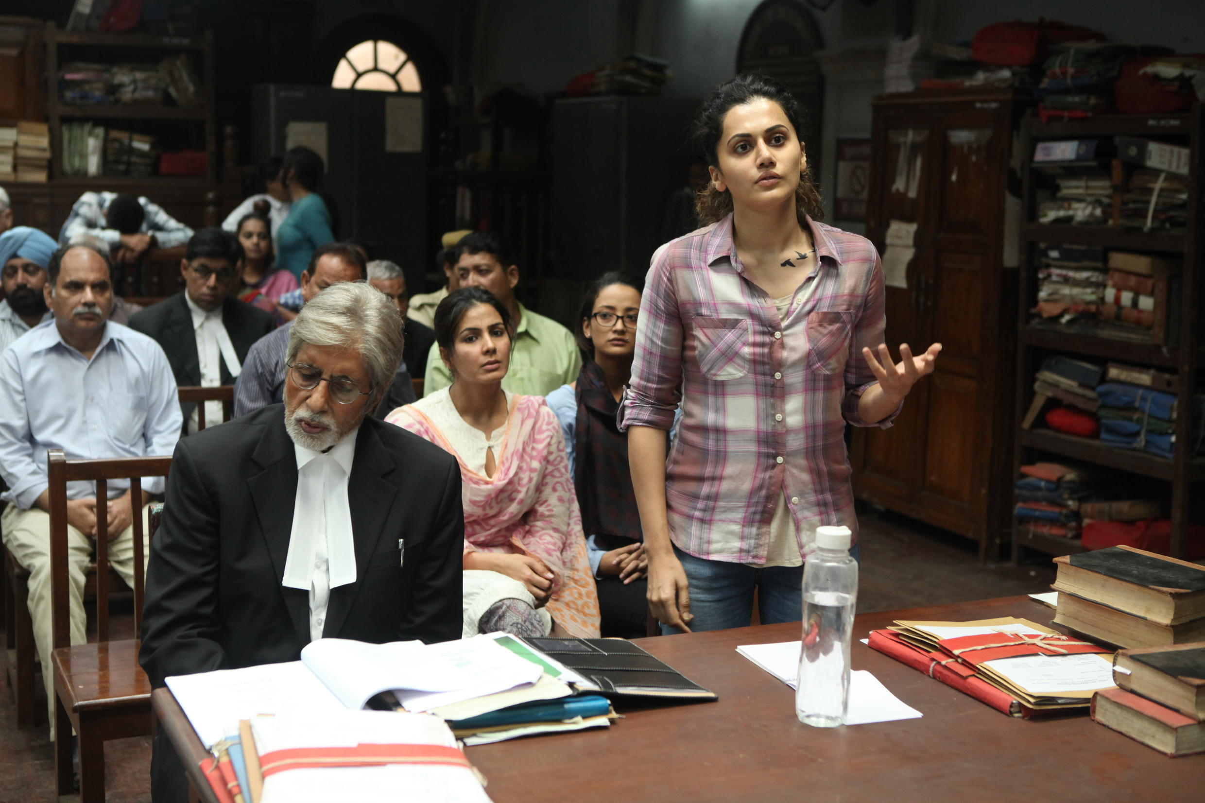 """Amitabh Bachan (Deepak Sehgal) and Tapasee Pannu (Minal Arora) in the movie Pink on women's right to say """"no"""" in cases of sexual assaults"""