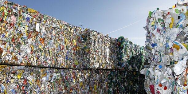 Bắc Kinh chuẩn bị cấm nhập rác thải công nghiệp vào Trung Quốc.