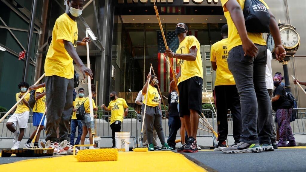 États-Unis: la phrase «Black Lives Matter» peinte devant la Trump Tower à New York