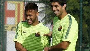 'Yan wasan Barcelona Neymar da Luis Suarez