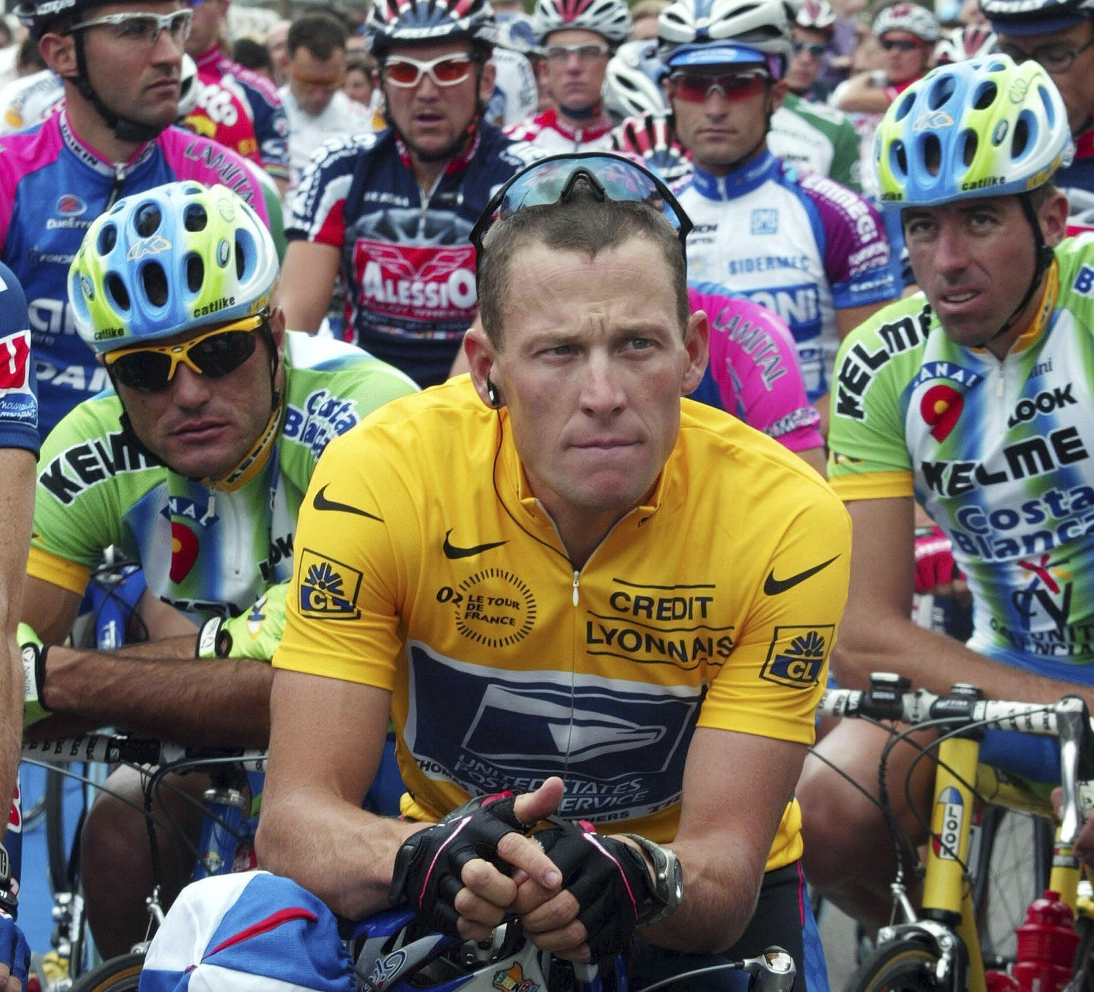 Lance Armstrong durante o Tour de France de 2002.