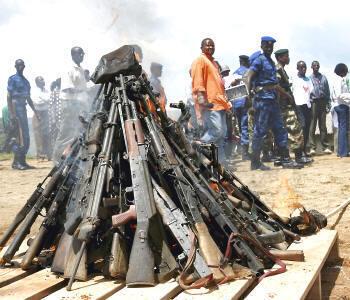 O tratado quer enquadrar o comércio internacional de armas para que não caiam nas mãos de terroristas ou contornem embargos internacionais.