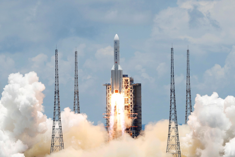 2020-07-23T055208Z_1836947553_RC2TYH9U6BO3_RTRMADP_3_SPACE-EXPLORATION-CHINA-MARS
