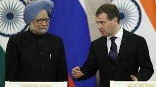 Shugaban Rasha  Dmitri Medvedev da PM Indiya Manmohan Singh
