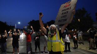 Wisconsin voltou a registrar protestos contra a violência policial nesta quarta-feria.