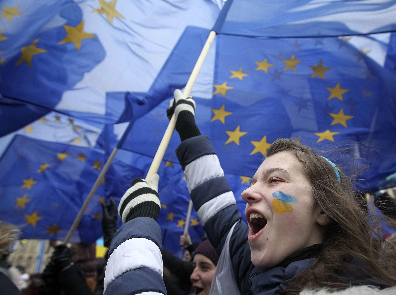 Des étudiants manifestent pour soutenir l'intégration de l'Ukraine dans l'Union européenne. Kiev, 28 novembre 2013.