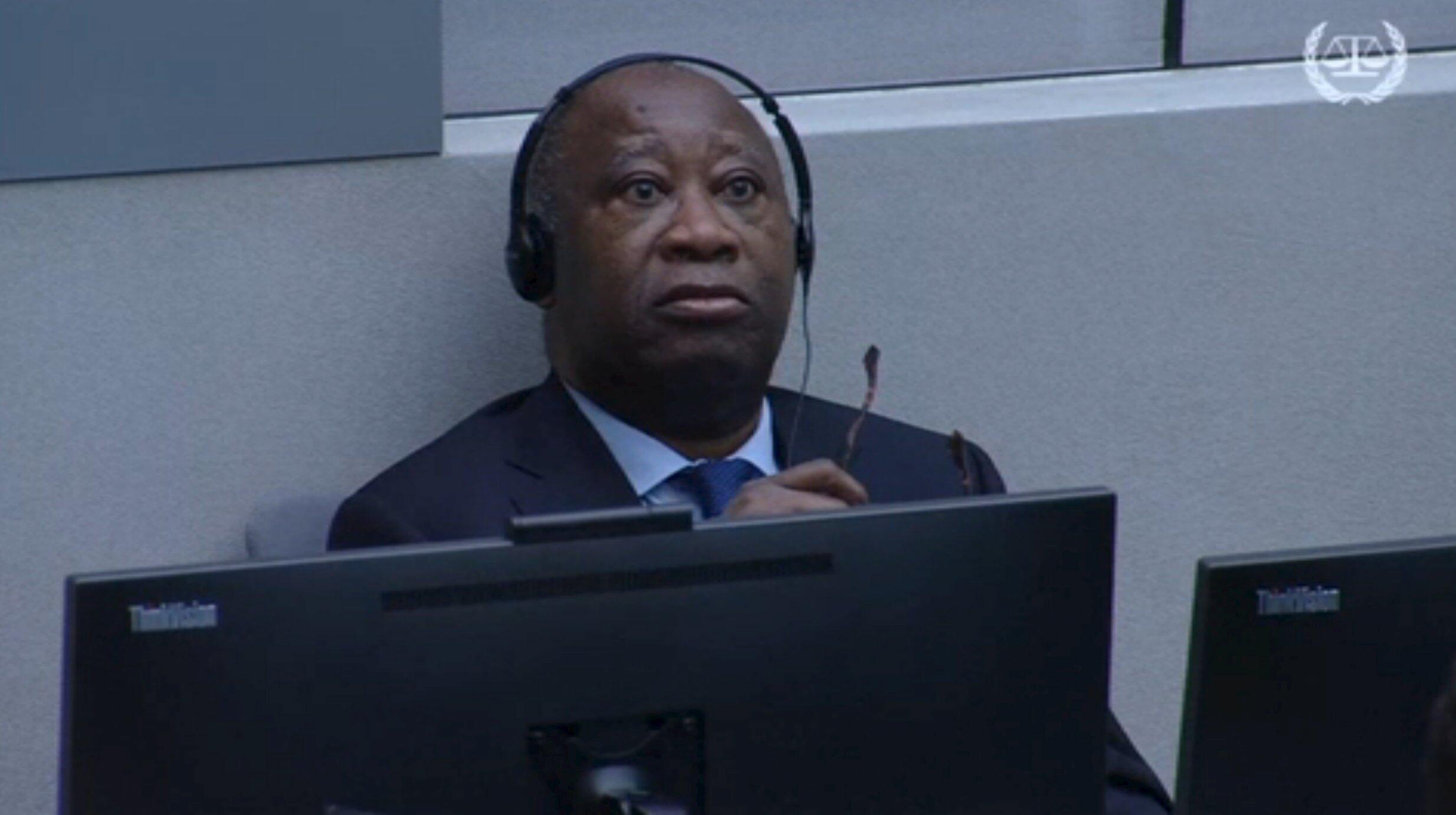 El ex presidente marfileño, Laurent Gbagbo, espera su comparecencia en La Haya, 28 de enero de 2016.