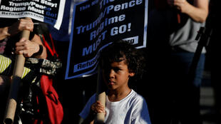 Biểu tình tại New York ngày 19/06/2018 phản đối chính sách tách trẻ em khỏi cha mẹ nhập cư bất hợp pháp