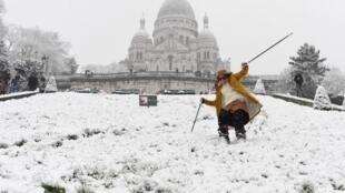Skieurs et snowboardeurs se sont régalés à Montmartre ce 7 février 2018.