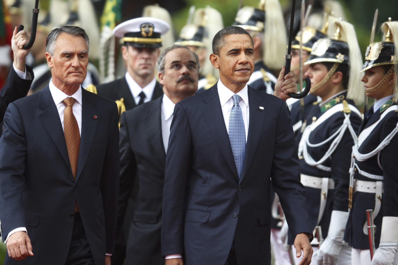 O presidente americano, Barack Obama (à direita), e o presidente português, Aníbal Cavaco Silva (à esquerda).