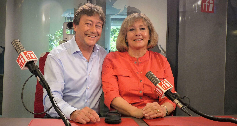 La historiadora del arte Tania Fernández de Toledo  con Jordi Batallé en RFI