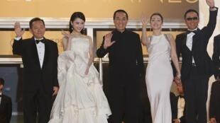 2014年5月20日,张艺谋和巩俐、陈道明等人在第67届戛纳电影节上