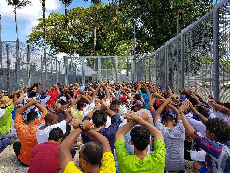 پناهجویان جزیره مانوس