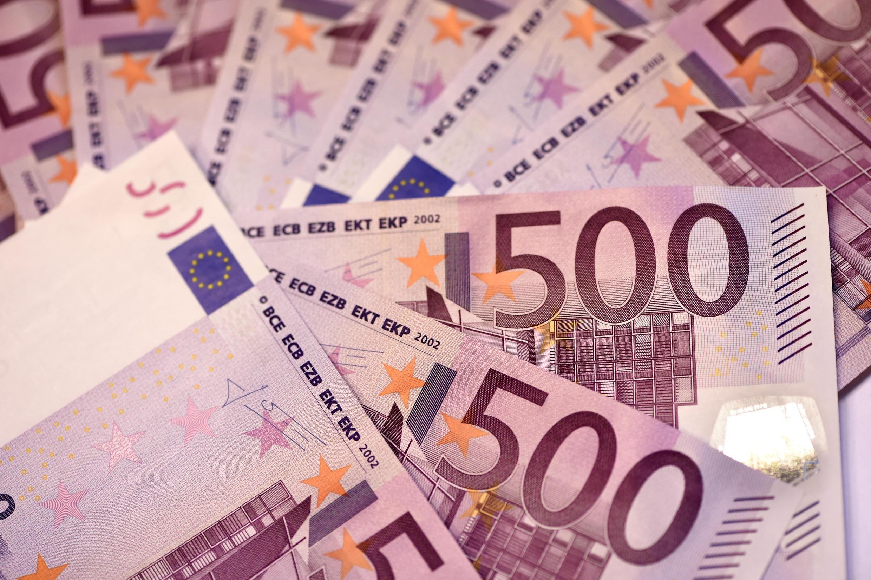 Monnaie - Euro - Dinheiro - Money - Banque - Bancos - Notas - Europa - União Europeia