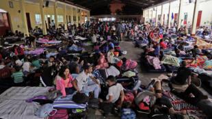 La caravane des migrants honduriens tentent de gagner les Etats-Unis.