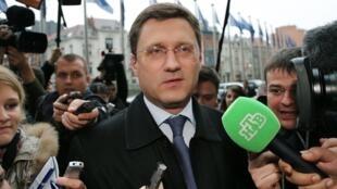 O ministro russo da Energia, Alexander Novak, anunciou, após reunião em Bruxelas, que as negociações entre Rússia, Ucrânia e UE devem continuar nesta quinta-feira (30).