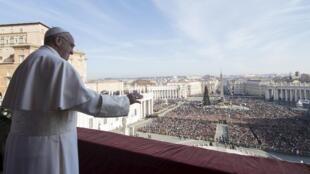 Рождественское послание Папы Римского Франциска 25 декабря в Ватикане