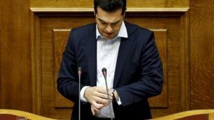 Le Premier ministre grec Alexis Tsipras, devant le Parlement grec, le 28 juin 2015.