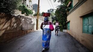 La convention 189 de  l'Organisation internationale du travail  concernent le travail décent pour les travailleuses et travailleurs domestiques dont la Guinée est le 23e pays à l'avoir ratifiee.