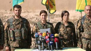 """敘利亞民主武裝力量指揮部宣布發動攻克伊斯蘭國組織""""首都"""" 拉卡攻勢。"""
