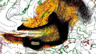 Trajeto das cinzas vulcânicas, fornecido pelo serviço metereológico norueguês.