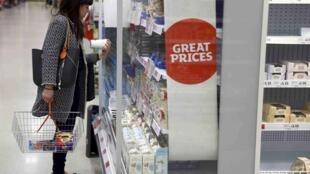 Dans un supermarché londonien, le 11 avril 2017.